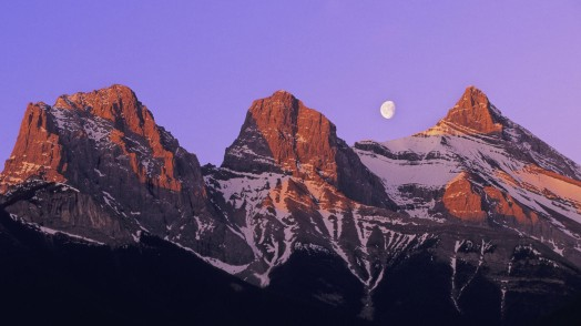 three-sisters-mountain-canmore-alberta-canada